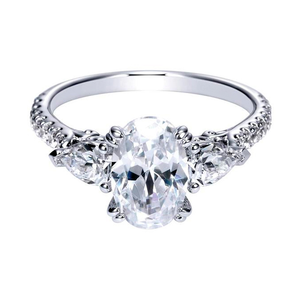 Oval Cut Engagement Rings Toronto